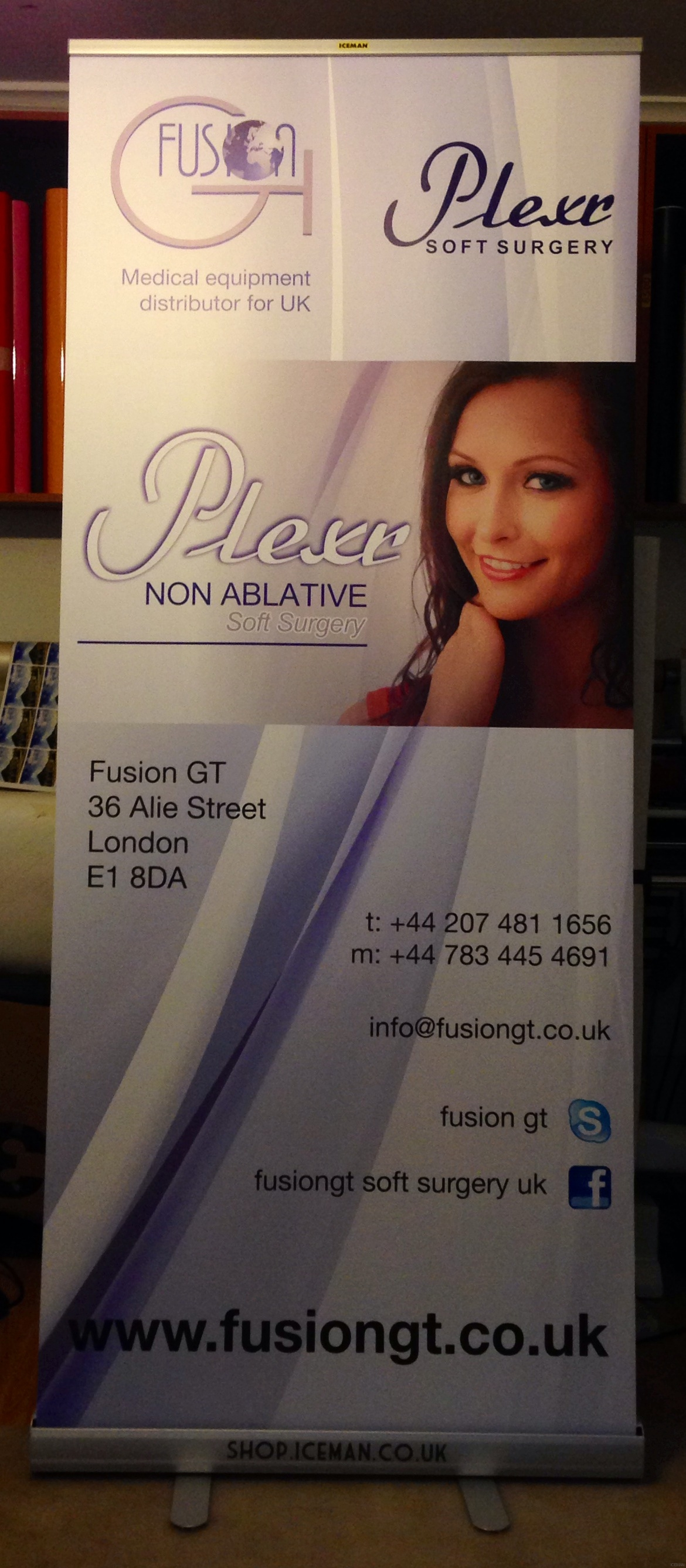 Fusin GT non ablative surgery roll up banner stand